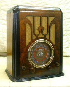 Old Antique Wood Crosley Vintage Tube Radio - Restored & Working Tombstone  | Collectibles, Radio, Phonograph, TV, Phone, Radios | eBay!