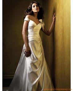 Robe de mariée à Versailles simple col V orné de noeud à deux boucles