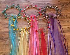 Princess Crafts, Princess Tea Party, Princess Flower, Fairy Headpiece Diy, Diy Flower Crown, Flower Crowns, Fairy Tea Parties, Medieval Party, Fleurs Diy