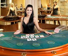 online casino dealer slizling hot