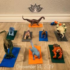 Activities For Kids, Crafts For Kids, Dinosaur Photo, Craft Night, T Rex, Little People, Early Childhood, Cartoon Art, Tractor