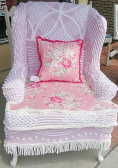 Shabby Chic ● chenille Chair