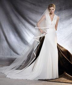 OROBIA - Vestido de noiva de gaza, guipura e tule com decote em bico