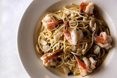 The VA Pilot newspaper did a special on Shrimp Scampi and the restaurant that got the highest reviews was La Bella located in Ghent, Norfolk....this dish looks amazing! I think I'll be heading there soon to try it out for myself!