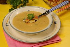 Hrachová polévka II. Cheeseburger Chowder, Thai Red Curry, Soup, Ethnic Recipes, Soups