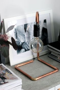 21 Great Copper Decoration Ideas - 101 Recycled Crafts - picture for you Copper Decoration, Diy Luz, Luminaria Diy, Copper Lamps, Copper Pipes, Copper Table, Copper Diy, Copper Crafts, Small Lamps