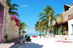 Isla Mujeres by jessia22, via Flickr