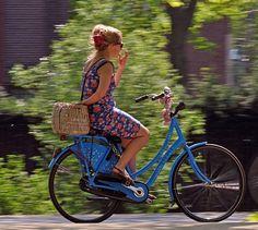 exPress-o: Biking Style: Going Dutch (and Danish)