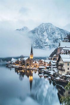 TRAVEL BLOG - Snowy Hallstatt, Austria - by Madeline Lu @lumadeline