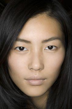 Shaping Asian Eyebrows 13