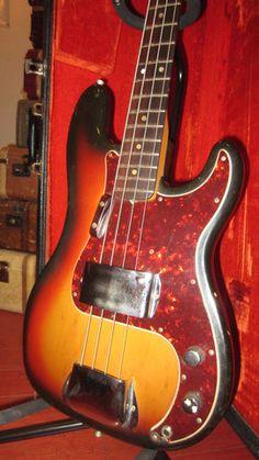 1975 Fender Precision Bass