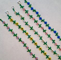 Daisy Chain Choker These sweet daisy chain chokers are so pretty and fresh! I've been making them forever but just recently added the fire polished Bracelet Crafts, Seed Bead Bracelets, Seed Bead Jewelry, Bead Jewellery, Jewelry Crafts, Handmade Jewelry, Anklet Designs, Bracelet Designs, Beaded Jewelry Patterns
