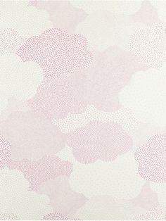 Papier peint nuages rose par Casadeco  Dans une ambiance cotonneuse, la tête dans les nuages, nos bambins se mettent à rêver de ciels étoilés.