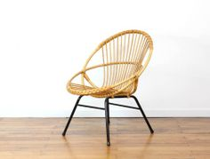 Grand fauteuil en rotin vintage. mobilier-vintage.fr