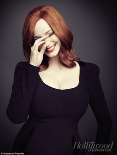 Did you know the beautiful Christina Hendricks from Mad Men is a size That's right ladies a Take that Hollywood! Beautiful Christina, Beautiful Redhead, Beautiful People, Beautiful Women, Beautiful Curves, Christina Hendricks, Cristina Hendrix, The Hollywood Reporter, Gal Gadot
