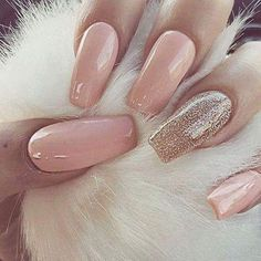 Pink Glitter almond nails. Coffin nails for summer #almondnails