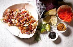 Maille Dijon Hardallı , Lahana ve Havuç salatası bu öğlenin spesyali olmaya aday.   Maille Hardal çeşitleri için www.nefisgurme.com'u ziyaret ederek sipariş verebilirsiniz.   #nefisgurme #nefis #nefistarifler #leziz #lezzet #lezizsunumlar #gurme #gurmelezzetler #istanbuldayasam #istanbulbloggers #unlusef #blogger #yemek #food #foodgasm #foodporn #foodstagram #bonapetit #maille #dijonmustard #hardal #salata #lunch #salad