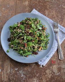 Canihua-reissalat with cranberries, walnuts, almonds and rucula Quinoa, Brunch, Superfood, Sprouts, Asparagus, Green Beans, Salads, Vegetables, Almonds