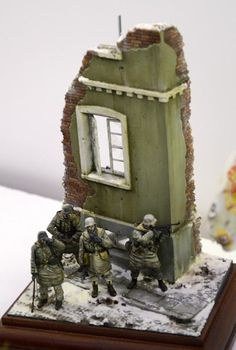 The Modelling News: Euro Militaire 2012 PtI. Diorama Example, The Modelling News, Steampunk Airship, Military Action Figures, Model Hobbies, Military Modelling, Military Diorama, Model Building, Winter Scenes