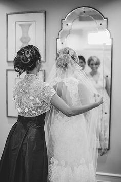 bridesmaids duties jobs during your wedding