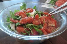 Roasted tomato mozzarella salad