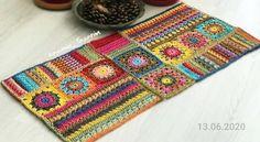 Crochet Wool, Freeform Crochet, Tapestry Crochet, Crochet Crafts, Crochet Doilies, Crochet Projects, Crochet Clutch Pattern, Crochet Flower Patterns, Hello Kitty Crochet