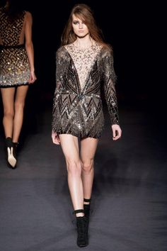 Julien MacDonald Fall 2013 RTW Collection - Fashion on TheCut
