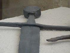 Arming Sword, Medieval Swords, Bulgaria, Weapons, Armour, History, Weapons Guns, Guns, Historia