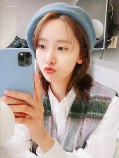 Im Yoon Ah, Yoona Snsd, Kpop Fashion, Girls Generation, Sehun, Girl Photos, Actresses, Selfie, Cute
