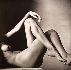 Leggy Nude, New York, 1993 Platinum-palladium print © The Irving Penn Foundation