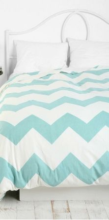 chevron bedding (urban outfitters)