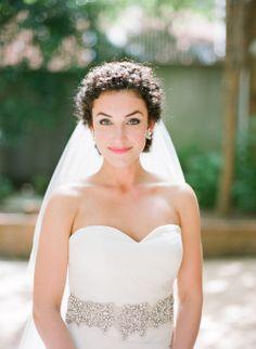 Birmingham AL Wedding — Leslee Mitchell Wedding Bride, Wedding Blog, Wedding Dresses, Vintage Lace Weddings, Birmingham, Wedding Hairstyles, Curly Hair Styles, Groom, Kiss