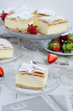 Cremsnit cu vanilie - Din secretele bucătăriei chinezești Sweets Recipes, Desserts, Vanilla Cake, Camembert Cheese, Cheesecake, Food, Cakes, Tailgate Desserts, Deserts