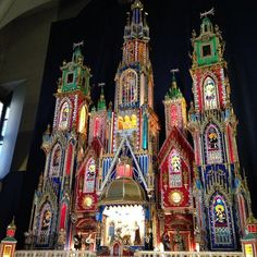 Today I'm dreaming of Szopka krakowska as Christmas draws near. This is a nativity scene, a Christmas tradition originating from Kraków, Poland. Often they have historic buildings as the background. There is a competition every year where craftsmen present their szopka in the main market square. This one is at the Church of St. Francis of Assisi in Kraków. I could look all day! #christmas #nativity #szopkakrakowska  #szopka  #krakow #poland #stfrancisofassisi  #oldtown