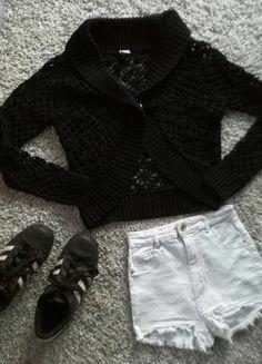 Kup mój przedmiot na #vintedpl http://www.vinted.pl/damska-odziez/peleryny-narzutki/16120357-dziergana-czarna-narzutka