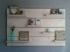 Wandbord steigerhout Pallet Art, Pallet Projects, Projects To Try, Pallet Shelves, Diy Box, Wood Pallets, Decoration, Home Interior Design, Repurposed