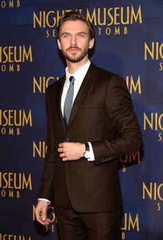 Pin for Later: How Downton Abbey's Dan Stevens Became a Sexy Beast We very much approve of Dan Stevens's hot transformation.