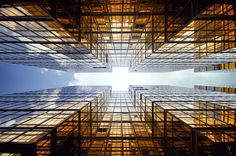 "⇡≣⇣≣⇡  ""vertical Horizon"" di Romain Jacquet-Lagrèze"