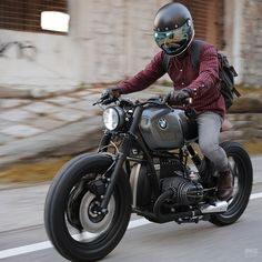 Vehicle Building a BMW To Stay Sane Visit daily for custom motorcycles apparel bobber chopper café racer Inspiration motorcycles Harley davidson custom cust. Bmw Cafe Racer, Cafe Racer Build, Cafe Racers, Honda Cafe, Bobber Custom, Custom Bmw, Custom Motorcycles, Custom Bikes, Vintage Motorcycles
