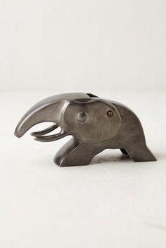 Gift Style: Elephant Nut Cracker - for my mommy :)