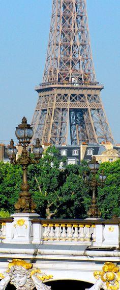 The Eiffel Tower seen from Pont Alexandre III © French Moments #Paris #EiffelTower #TourEiffel #PontAlexandreIII