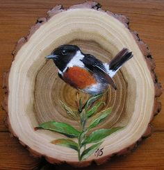 If you're thinking of buying a digital camera and haven't done any preliminary work, it's really hard. Wood Slice Crafts, Wood Crafts, Diy Wood, Wood Burning Patterns, Pet Rocks, Christmas Drawing, Wood Ornaments, Wood Slices, Painted Rocks