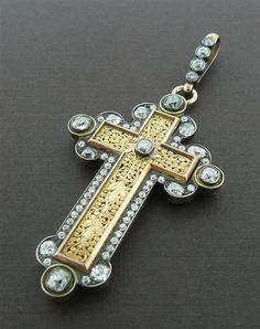 Elaborate Early 19th Century Antique Venetian Cross/Pendant in 18K Yellow Gold and Diamonds