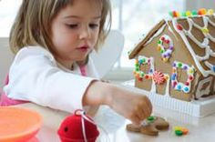 Help young guests ward off cabin fever by playing fun games like pin the tail on Rudolph, stocking races, Christmas bingo and Santa Says. Hand out holiday puzzles, set a timer and see which child puts a puzzle together the fastest. Ward Christmas Party, Christmas Fun, Christmas Activities, Holiday Fun, Christmas Cooking, Magical Christmas, Winter Holiday, Christmas Presents, Multicultural Crafts