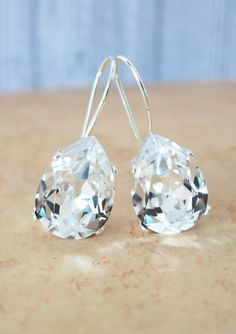 Simple Swarovski Crystal Teardrop Earrings - Clear Crystal Earrings, Silver plated, brides bridesmaid bridal simple earrings, sparkly, www.glitzandlove.com