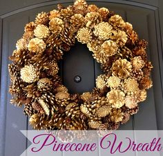 How to make your own beautiful & simple #DIY iinecone wreath #homedecor