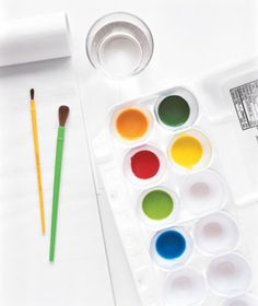 styrofoam egg carton re-purpose: paint palette