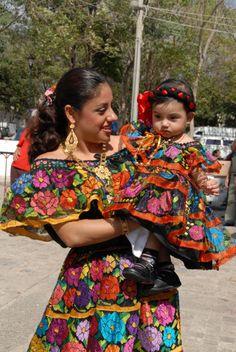 MÃE E FILHA MEXICANAS