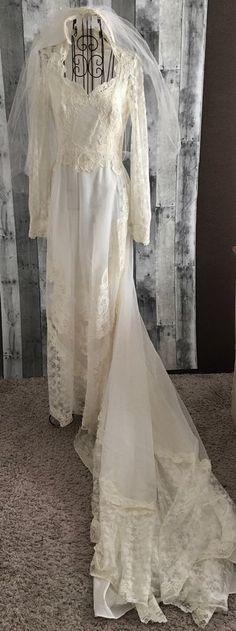 Vintage 1960s Sequin Beaded Lace Wedding Bridal Gown Dress Veil Set Ivory 7/8 #Unbranded #Bridal