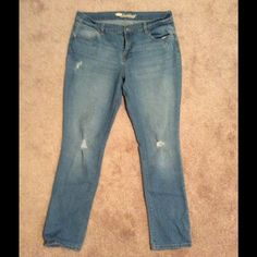 Old Navy Sweetheart distressed jeans Like new.  Size 12 regular straight leg. Old Navy Jeans Straight Leg